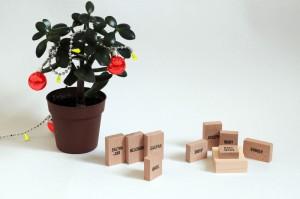 creche-minimaliste-bois-plante-noel-pot