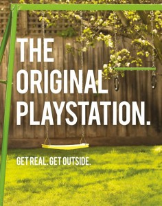 geek la vraie playstation balancoire Get-Real-Get-Outside-3